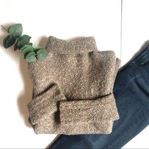 MODA international wool blend tan turtleneck Med